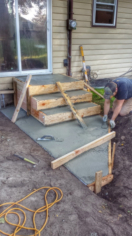 Concrete Steps, Concrete Stairs, Broom Finish Concrete, Steps, Concrete Blaine, Concrete Minnesota
